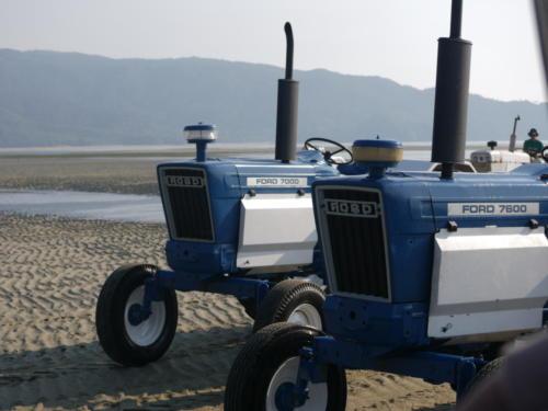 traktor ford ciągnik plaża