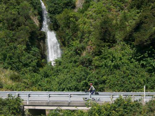 wodospad rowerzystka wanaka