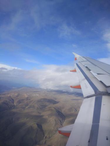 widok z okna samolotu nowa zelandia